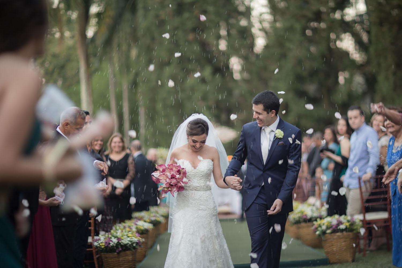 Filmagem de casamento: um guia rápido para contratar o profissional ideal